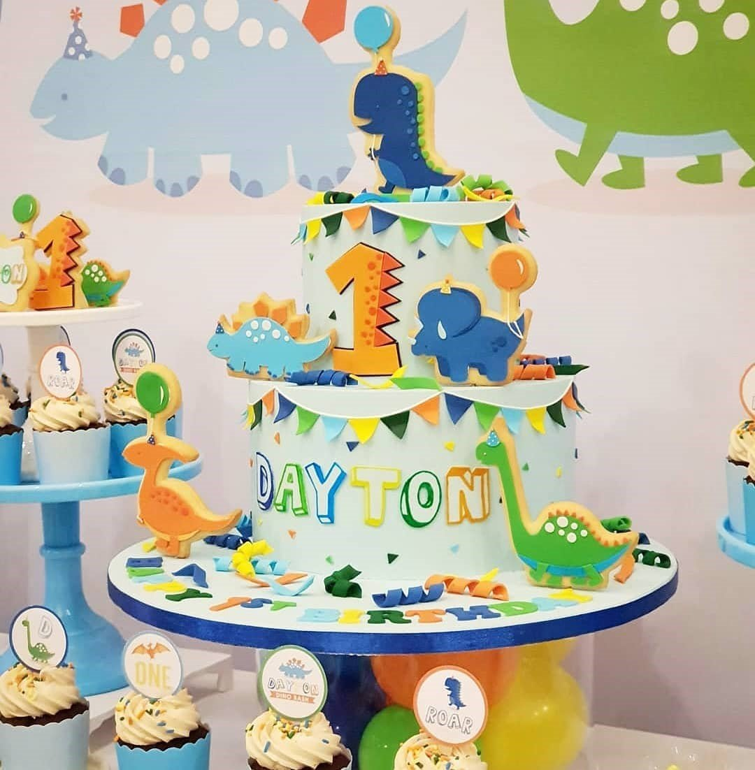 Dinosaur Age Cake - Kids Birthday Party - Pandoracake.ae Dubai