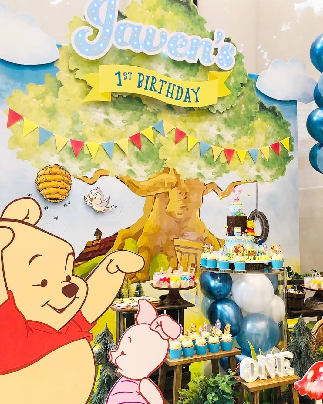 Winnie The Pooh Cupcake kids birthday party cupcakes dubai