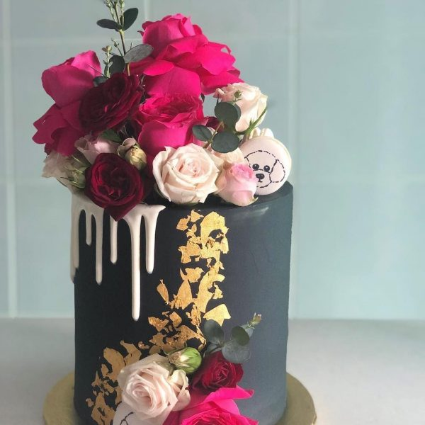 Dark Flower Cake celebrate events for her in dubai